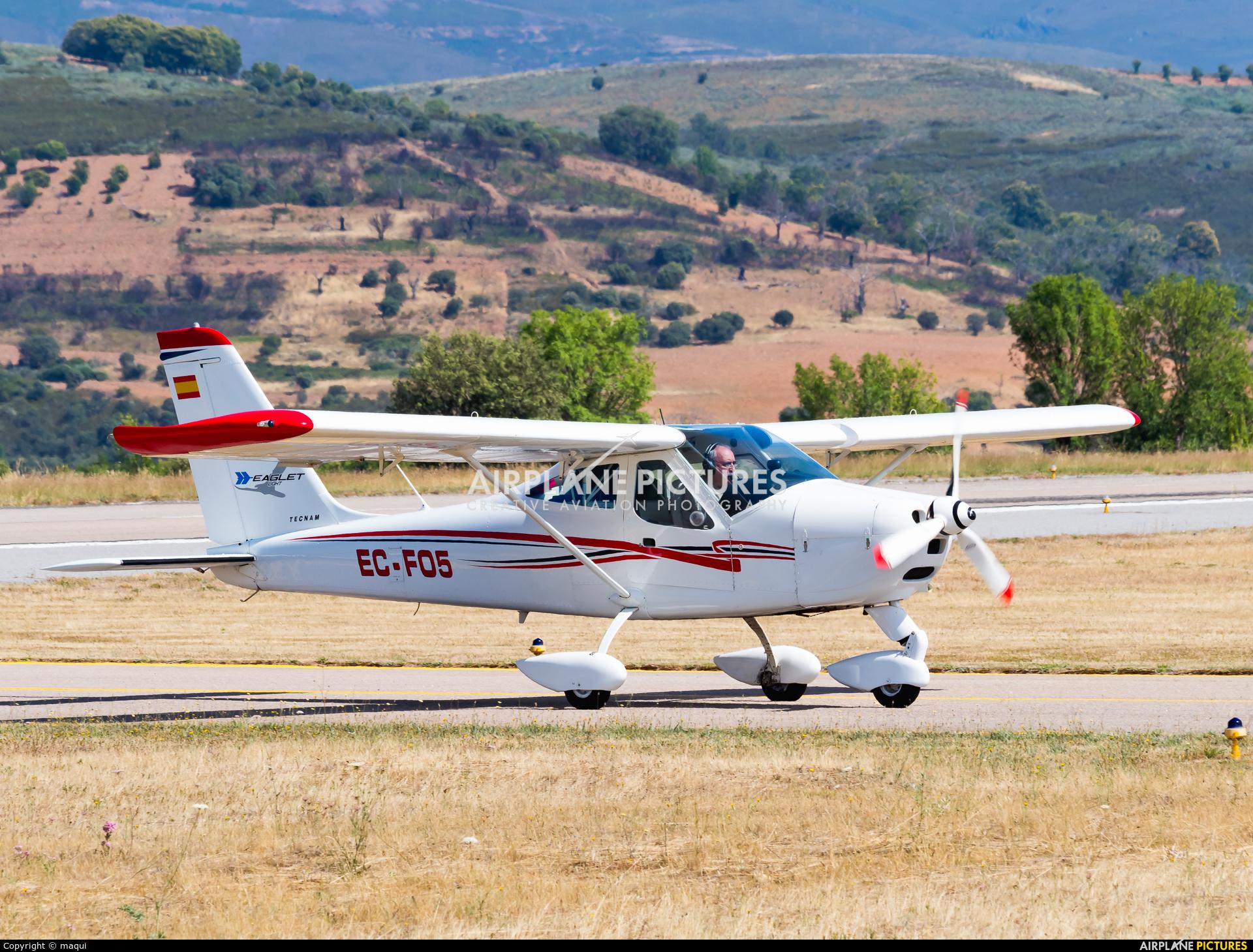 Private EC-FO5 aircraft at Bragança