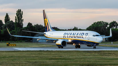 EI-EKZ - Ryanair Boeing 737-800