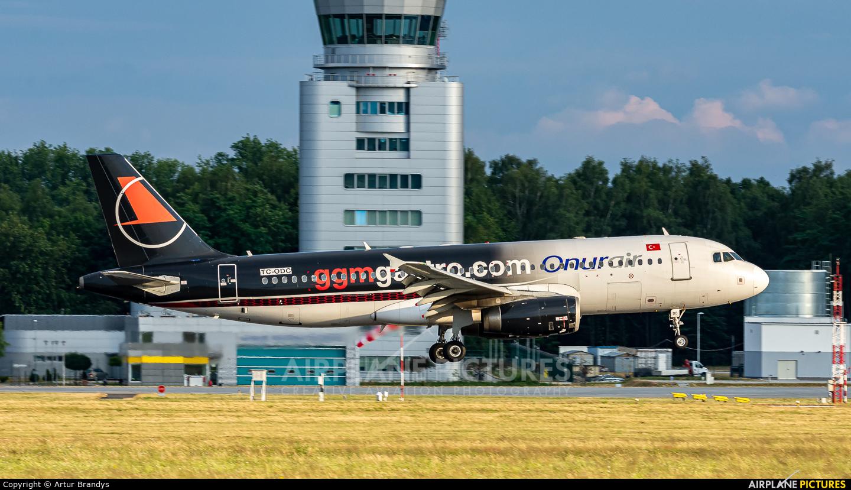 Onur Air TC-ODC aircraft at Kraków - John Paul II Intl