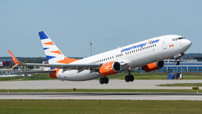 C-FTOH - SmartWings Boeing 737-800