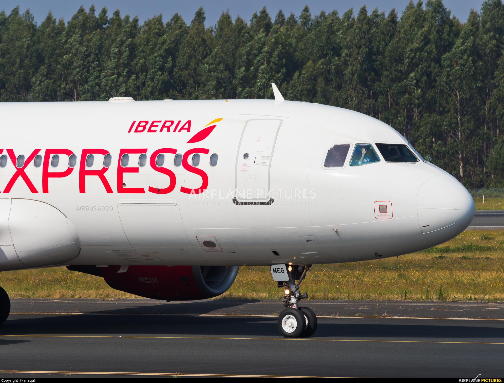 Vueling Airlines EC-MEG aircraft at Santiago de Compostela