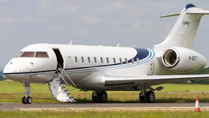 M-SETT - Private Bombardier BD-700 Global 6000