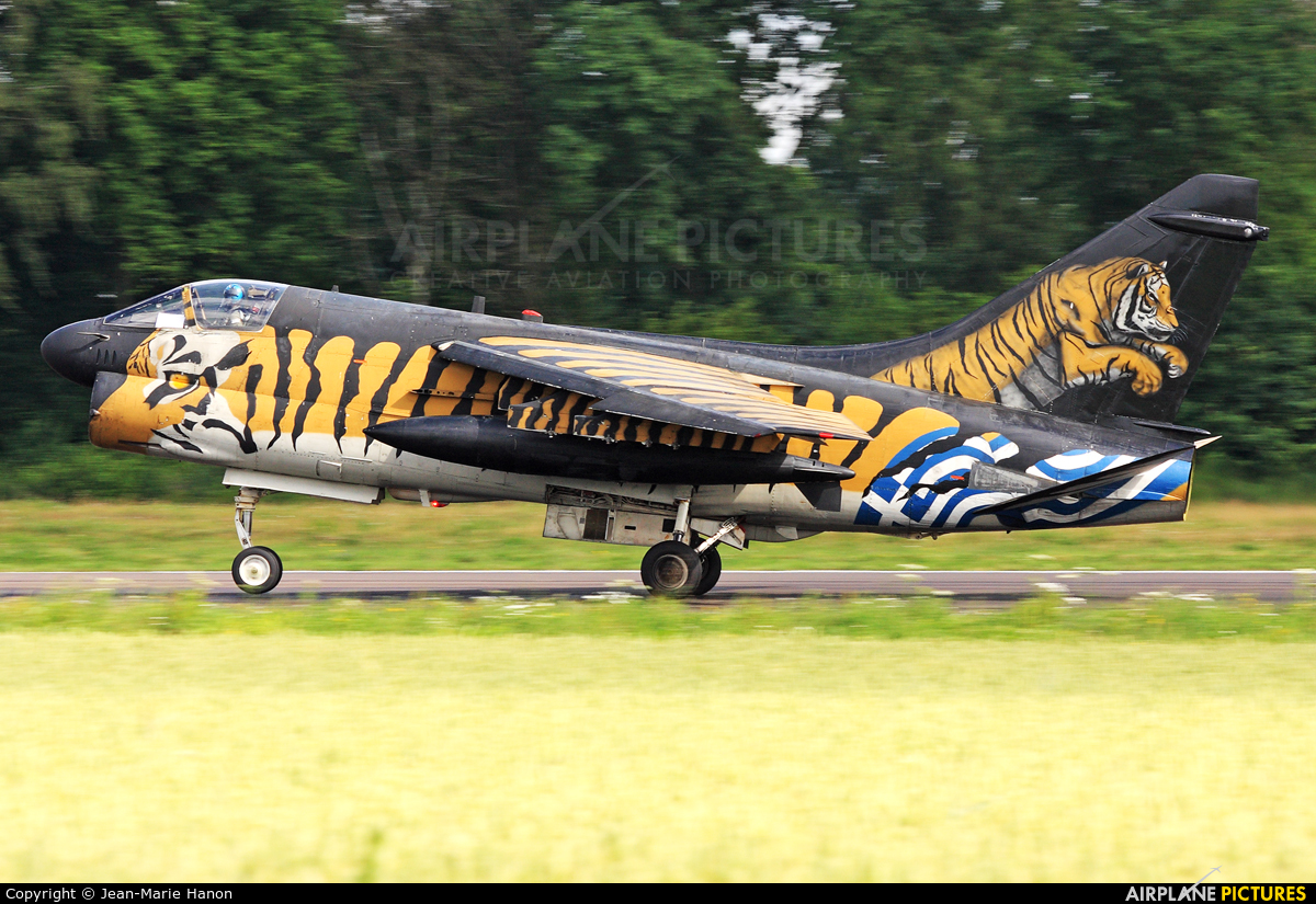 Greece - Hellenic Air Force 158825 aircraft at Florennes