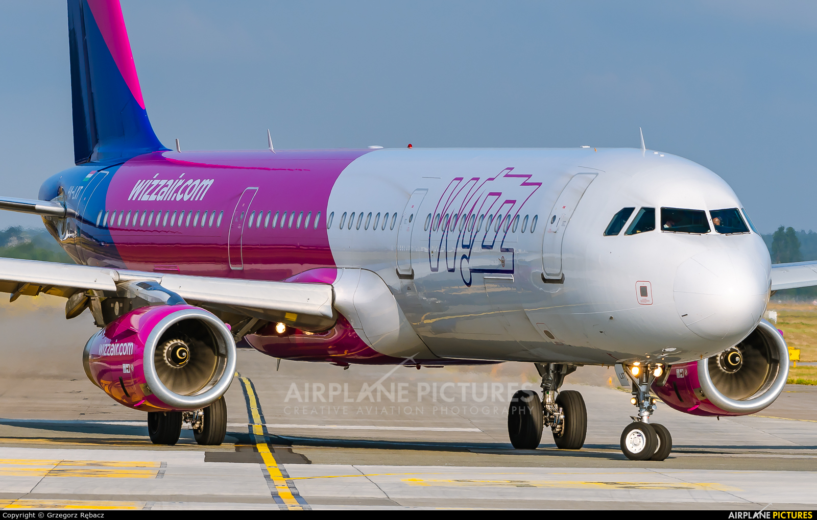 Wizz Air HA-LXT aircraft at Katowice - Pyrzowice