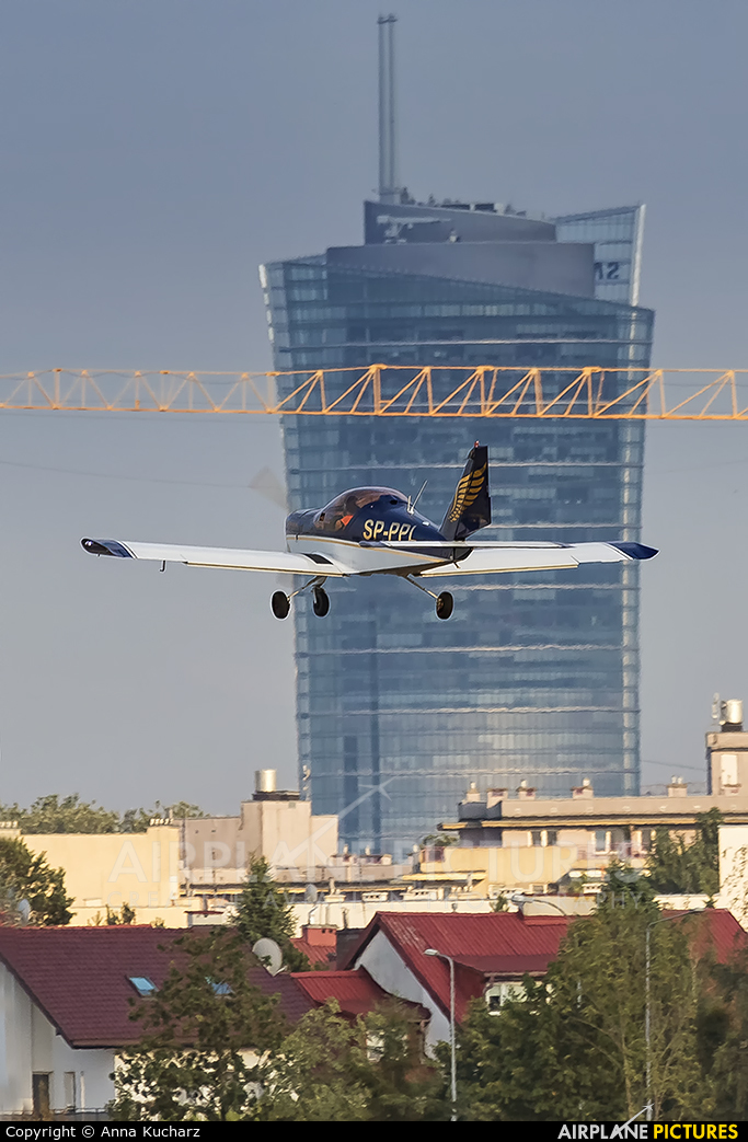 Golden Wings SP-PPL aircraft at Warsaw - Babice