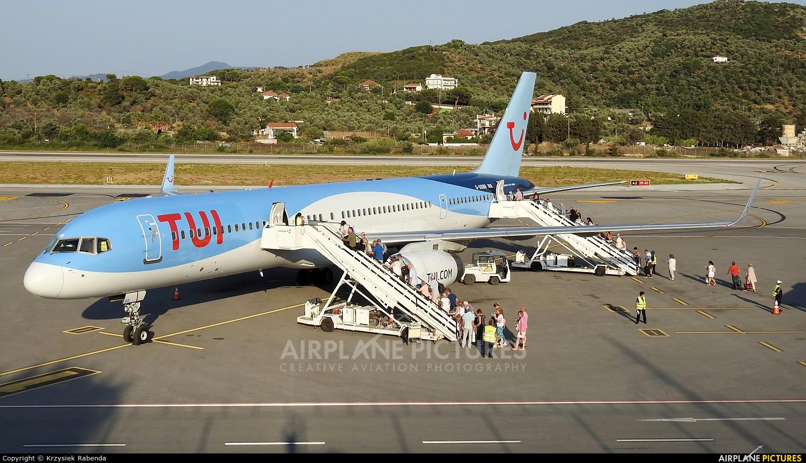 TUI Airways G-OOBB aircraft at Skiathos