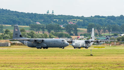 16-5840 - USA - Air Force Lockheed C-130J Hercules