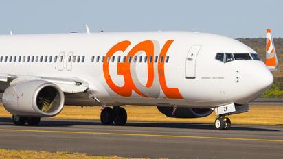 PR-GZF - GOL Transportes Aéreos  Boeing 737-86J