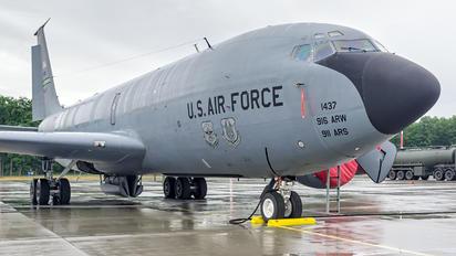 57-1437 - USA - Air Force Boeing KC-135R Stratotanker