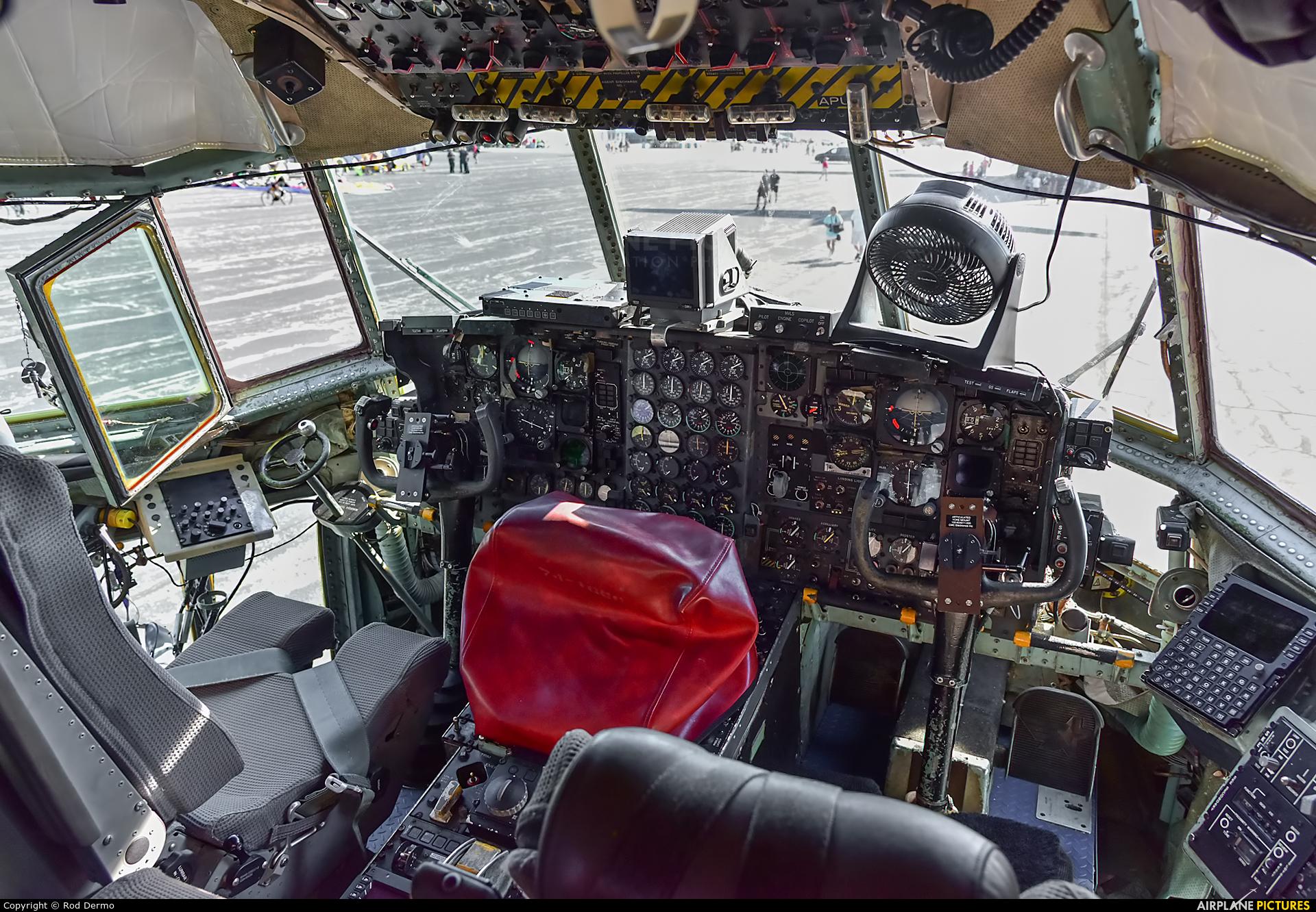 USA - Air Force 74-1666 aircraft at Toledo-Express