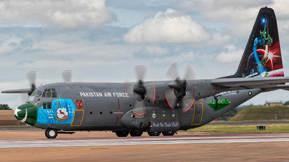 3766 - Pakistan - Air Force Lockheed C-130B Hercules
