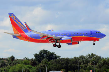 N238WN - Southwest Airlines Boeing 737-700
