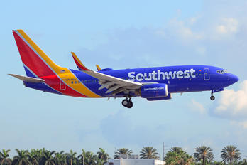 N7845A - Southwest Airlines Boeing 737-700