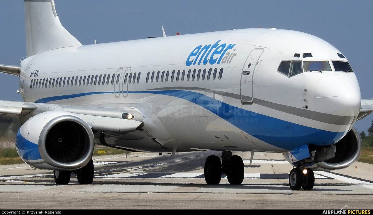 Enter Air SP-ENL aircraft at Skiathos