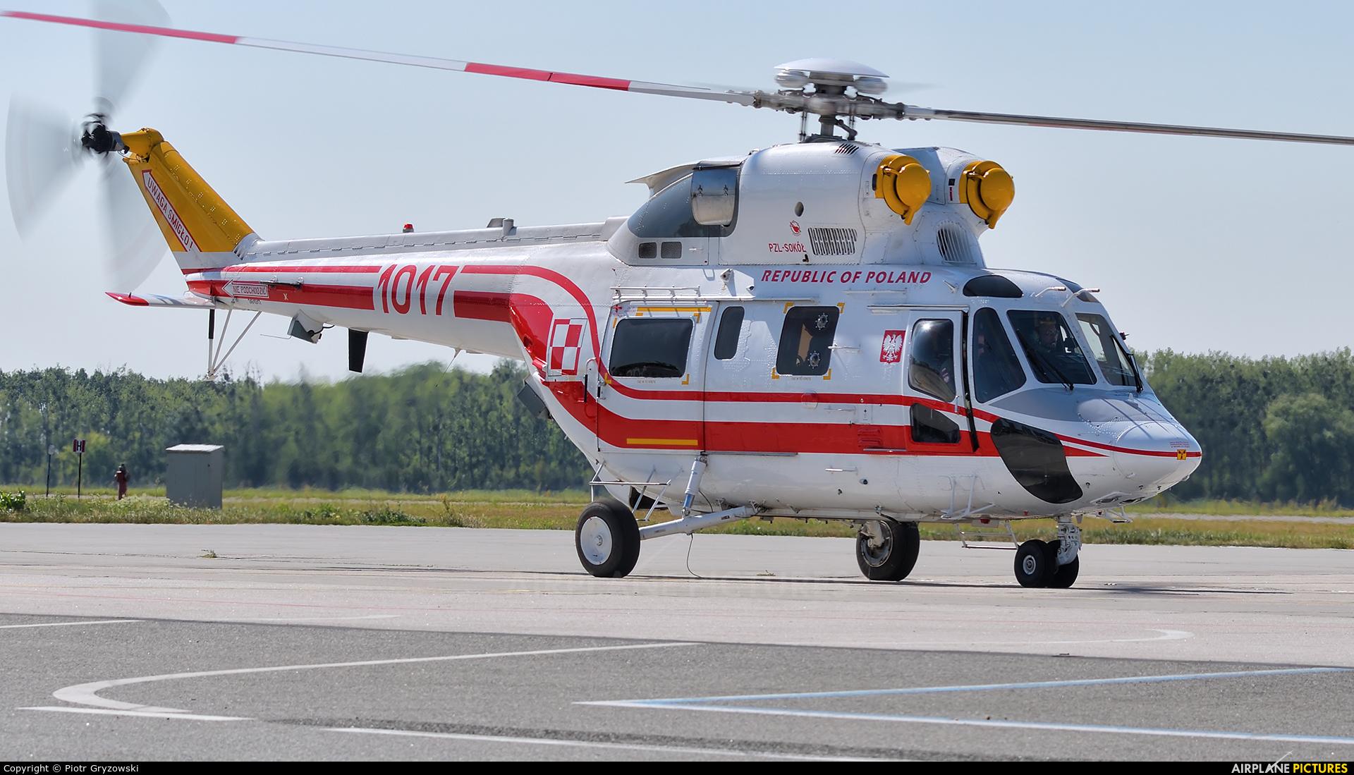 Poland - Air Force 1017 aircraft at Wrocław - Copernicus