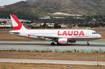 OE-LON - LaudaMotion Airbus A320