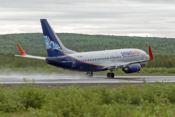 VP-BZZ - Smartavia Boeing 737-700