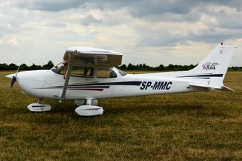 SP-MMC - Private Cessna 172 Skyhawk (all models except RG)