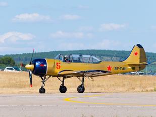 SP-YAH - Yakstars Yakovlev Yak-52