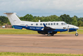 ZZ502 - Royal Navy Beechcraft 300 Avenger T.1