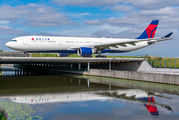 N817NW - Delta Air Lines Airbus A330-300 aircraft