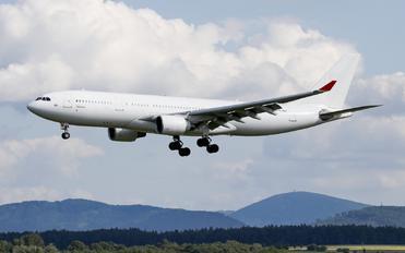 TC-OCE - Onur Air Airbus A330-200