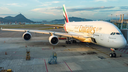 A6-EUO - Emirates Airlines Airbus A380