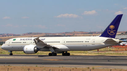 HZ-AR13 - Saudi Arabian Airlines Boeing 787-9 Dreamliner