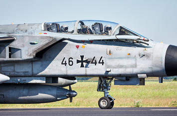 46-44 - Germany - Air Force Panavia Tornado - ECR