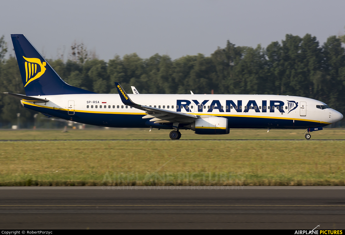 Ryanair Sun SP-RSA aircraft at Wrocław - Copernicus