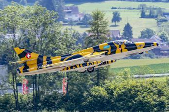 HB-RVV - FFA Museum Hawker Hunter T.68