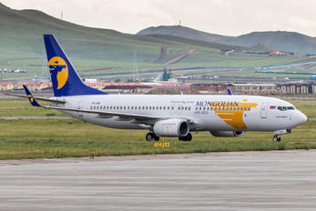 JU-1088 - Mongolian Airlines Boeing 737-800