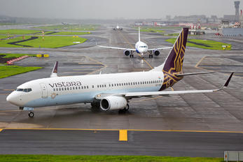 VT-TGF - Vistara Boeing 737-800