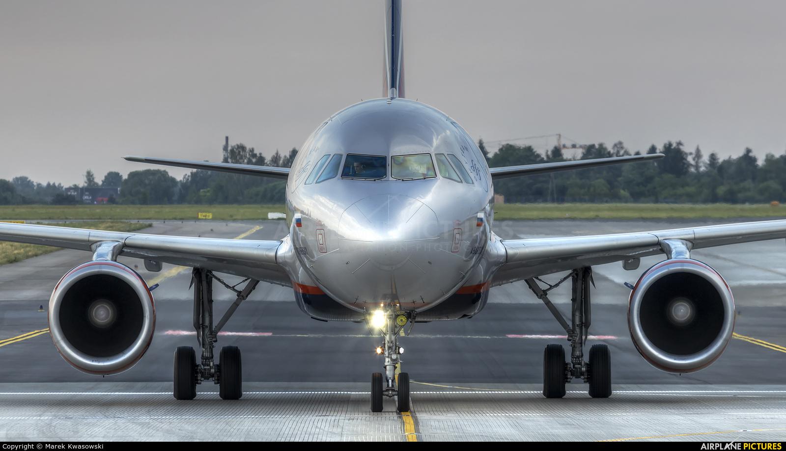 Aeroflot VQ-BPW aircraft at Warsaw - Frederic Chopin