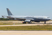 Rare visit of Airbus A330MRTT to Paris Orly title=