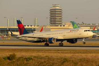 N358DN - Delta Air Lines Airbus A321