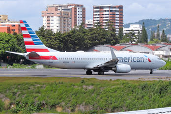 N853NN - American Airlines Boeing 737-800