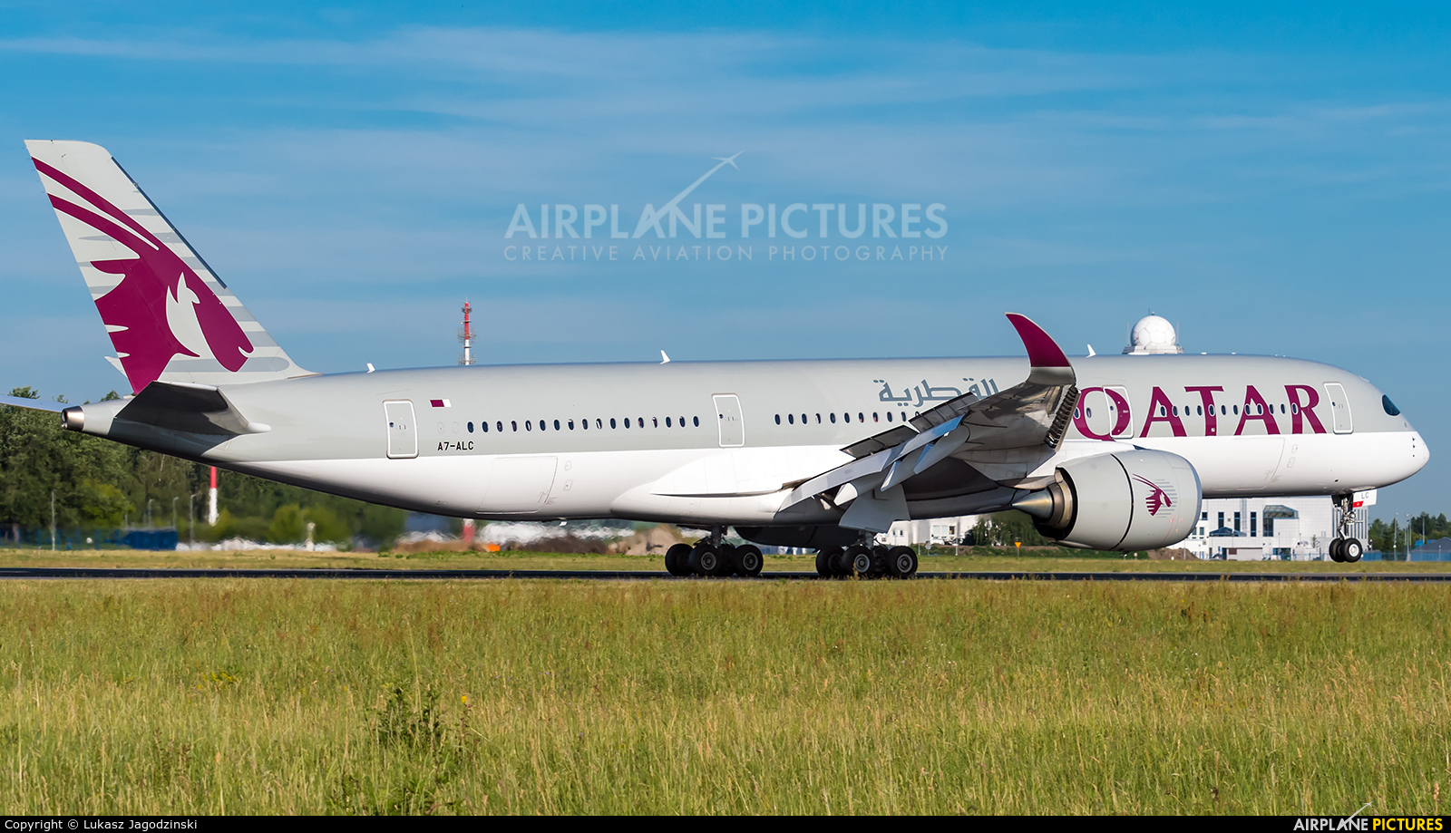 Qatar Airways A7-ALC aircraft at Warsaw - Frederic Chopin