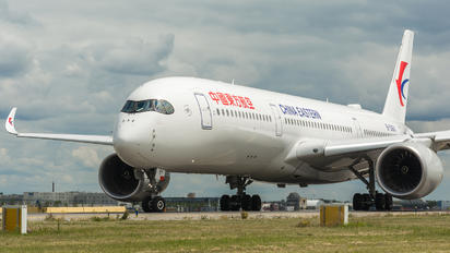B-306Y - China Eastern Airlines Airbus A350-900