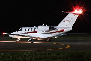 LV-FWT - Private Cessna 525 CitationJet
