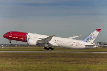 SE-RXZ - Norwegian Long Haul Boeing 787-9 Dreamliner