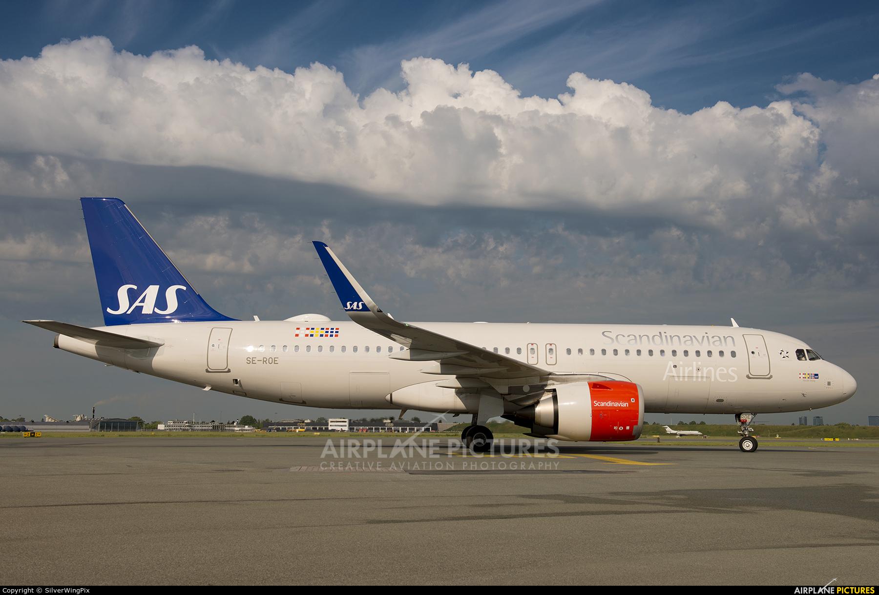 SAS - Scandinavian Airlines SE-ROE aircraft at Copenhagen Kastrup