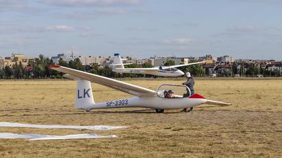 SP-3303 - Aeroklub Warszawski PZL SZD-51 Junior