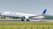 N17002 - United Airlines Boeing 787-10 Dreamliner aircraft
