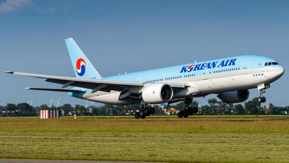 HL7715 - Korean Air Boeing 777-200ER