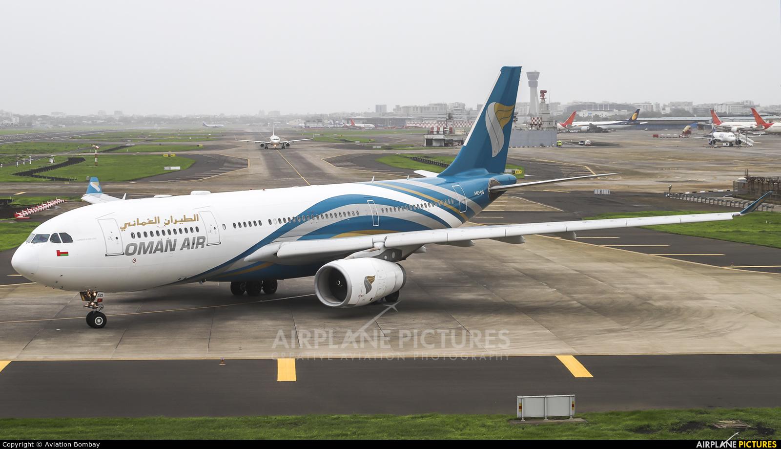 Oman Air A4O-DG aircraft at Mumbai - Chhatrapati Shivaji Intl