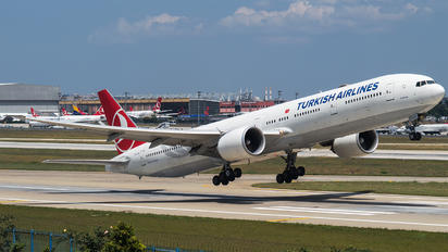 TC-JJJ - Turkish Airlines Boeing 777-300ER