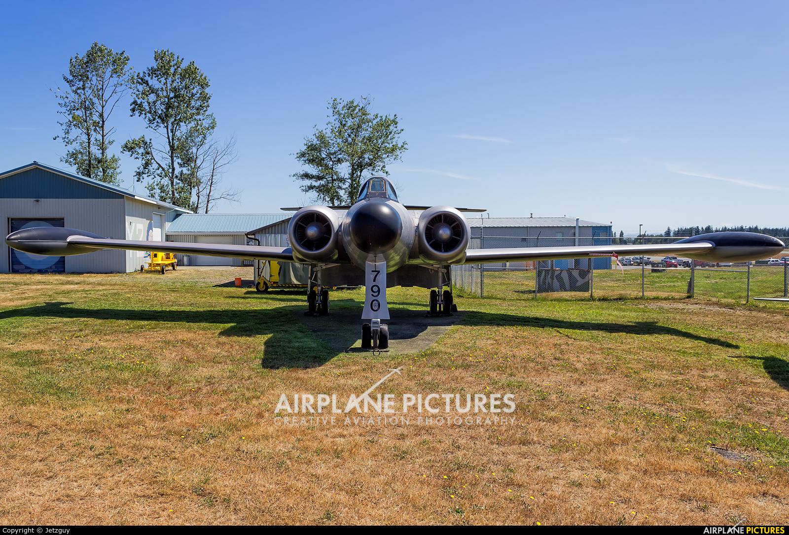 Canada - Air Force 18790 aircraft at Comox, BC