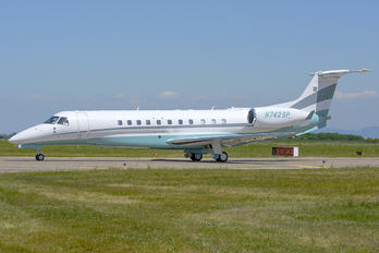 N742SP - Private Embraer ERJ-135 Legacy 600