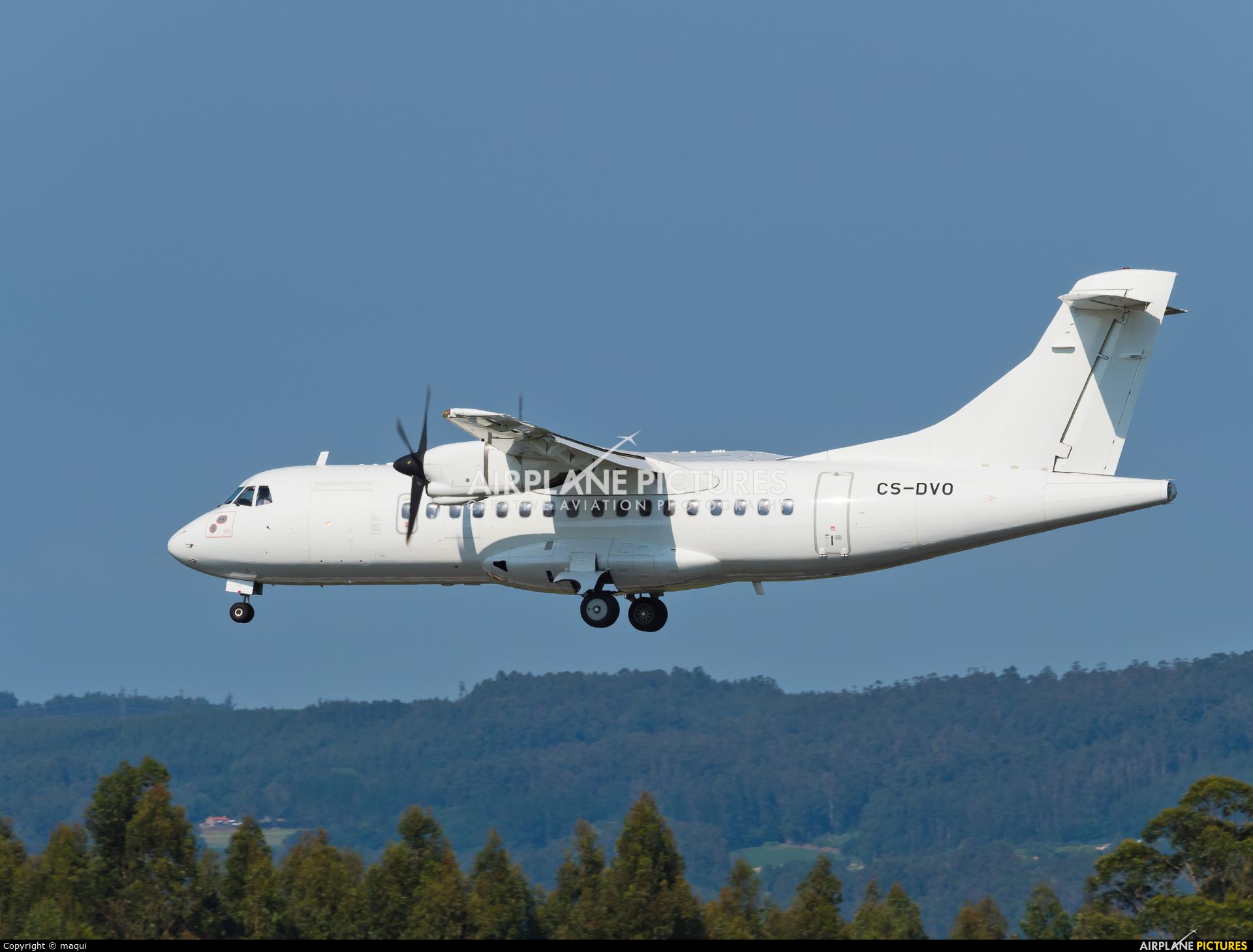 Lease Fly CS-DVO aircraft at Santiago de Compostela